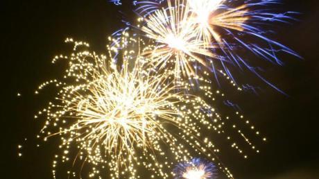 Feuerwerk in der Silvesternacht gehört für viele dazu. Doch immer wieder gibt es Kritik an der Böllerei.