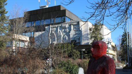 Im Rathaus von Bad Wörishofen können sich Bürger unter Vorlage des Personalausweises noch bis zum 3. Februar in die Unterstützungslisten eintragen. Welche Parteien und Gruppierungen Unterschriften sammeln müssen, regelt das bayerische Wahlrecht.