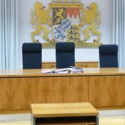 Als Zeugen vor dem Landgericht sagten am neunten Prozesstag neben mehreren Polizisten auch die Pächterin des Stalls und ihr Ehemann aus.