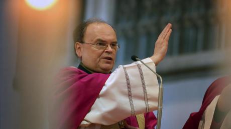 Bischof Bertram Meier hat den Pfarreien und kirchlichen Einrichtungen des Bistums Augsburg finanzielle Unterstützung zugesichert.