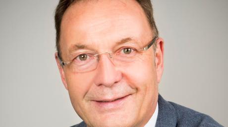 Tussenhausens Bürgermeister Johannes Ruf ist vielen Anfeindungen ausgesetzt.