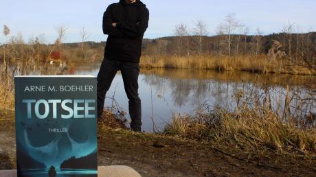 """Der Dirlewanger Autor Arne M. Boehler hat sein zweites Buch mit dem Titel """"Totsee"""" vorgelegt."""