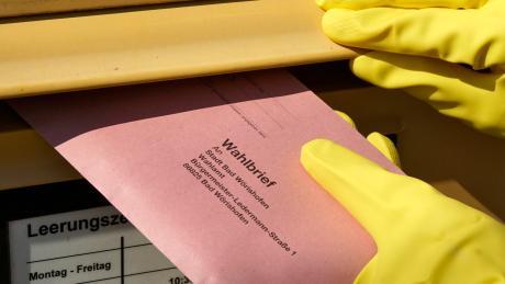 """""""Die Deutsche Post hat alle Abläufe überprüft und mit Aufsichts- und Zustellkräften vor Ort gesprochen.""""Was lief schief bei der Zustellung der Stichwahlunterlagen in Irsingen? Die Post sagt, dass sie keine Fehler bei der Zustellung gemacht hat."""