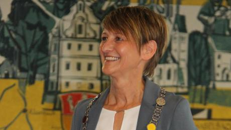 Susanne Fischer ist als Bürgermeisterin in Kirchheim vereidigt worden - und auch ihre Vertretung ist eine Frau.