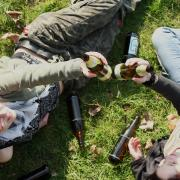 Reichlich Alkohol floss beiPartys am Amberger Baggersee, die von der Polizei beendet wurden.