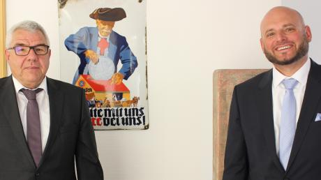 Anton Jall (links) hat seit gestern einen neuen Vorstandskollegen. Der 43-jährige Christian Engelbert Maier ist zur Genossenschaftsbank Unterallgäu als Vorstand gewechselt.