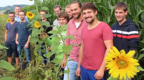 Wie geht es weiter mit der Landwirtschaftsschule in Mindelheim? Geht es nach den Plänen des Ministeriums, wird die Schule 2022 geschlossen. Das treibt nicht nur die Schüler – hier ein Foto einer Blühwiesen-Aktion des vergangenen Jahrs – um, sondern auch den Bauernverband.