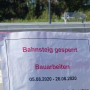Der Bahnhof in Türkheim ist mit einer Info versehen – und abgesperrt.
