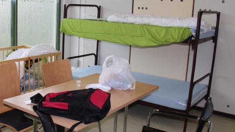 Ein Zimmer in der Mindelheimer Erstaufnahmeeinrichtung für Flüchtlinge, die im August 2015 vorübergehend in der Allgäuer Straße eingerichtet wurde.