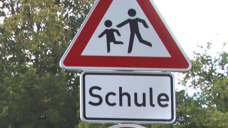 """Alles im """"grünen"""" Bereich: So zeigt sich die Geschwindigkeitstafel dem Verkehrsteilnehmer, der die Tempo-30-Zone an der Mindelheimer Straße passiert hat."""