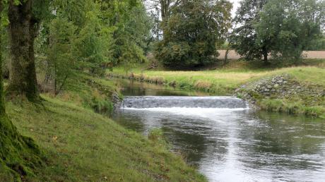 Vor dem Absturz soll ein neuer, naturnaher Wasserlauf abzweigen und es Fischen ermöglichen, stromaufwärts zu wandern.