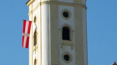 Zwar hängt auch heute am dritten Sonntag im Oktober noch die rot-weiße Kirchweihfahne aus dem Turmfenster, doch vom eigentlichen Fest ist wenig übrig geblieben.