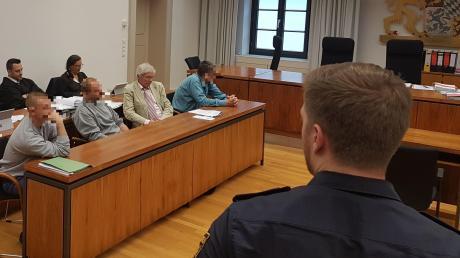 Drei Männer saßen auf der Anklagebank, als erstmals juristisch aufgearbeitet wurde, was in jener folgenschweren Nacht in Bad Wörishofen passierte, an deren Ende ein Mensch starb. Beim neuerlichen Prozess wird das anders sein.