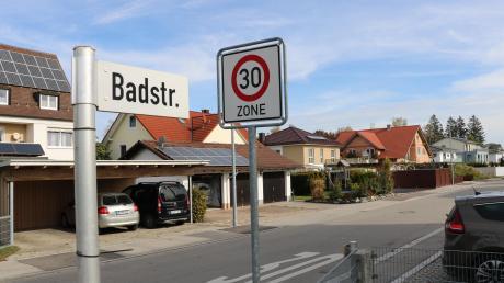 Die Badstraße in Türkheim. Anlieger hatten sich gegen Ausbaubeiträge gewehrt.