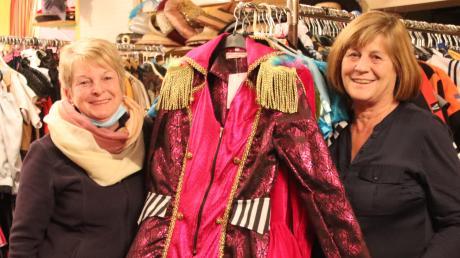 Sie standen über 22 Jahre, 20 davon im Geschäft an der Tussenhauser Straße in Ettringen, ihren Kunden in Sachen Verkleidung zur Seite: Marianne Wagner und Martina Klaus vom Klawa Kostümverleih.