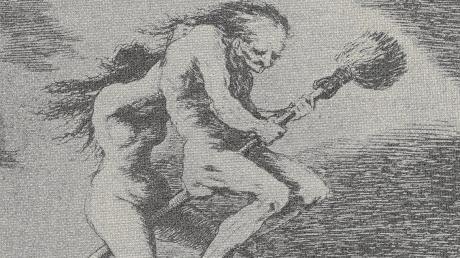 Zwei Hexen fliegen auf einem Besen zum Blocksberg. Ein Bild nach einer Radierung von Francesco de Goya aus dem Jahre 1799. So stellten sich die Menschen einst auch vor, dass während der Rauhnächte Hexen, Geister und Gespenster durch die Lüfte flogen und dabei Angst und Schrecken verbreiteten.