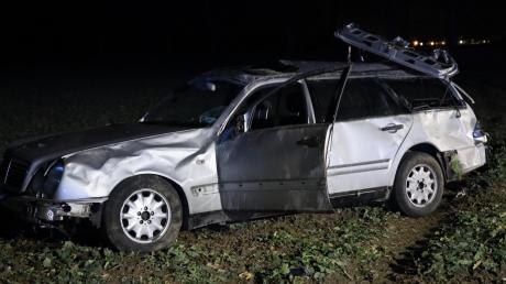 Zwischen Wiedergeltingen und Türkheim hat es am Dienstagabend einen Unfall gegeben. Ein 27-Jähriger war mit seinem Auto ins Schleudern geraten.