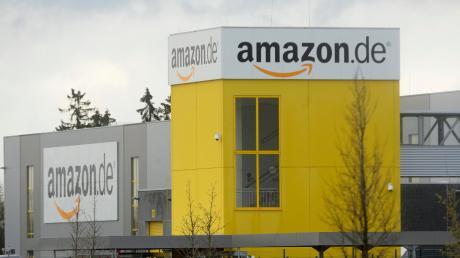 Der Unterallgäuer Kreistag sieht Pläne für ein Amazon-Verteilzentrum am Allgäu Airport kritisch. Unser Bild zeigt den Standort Graben.