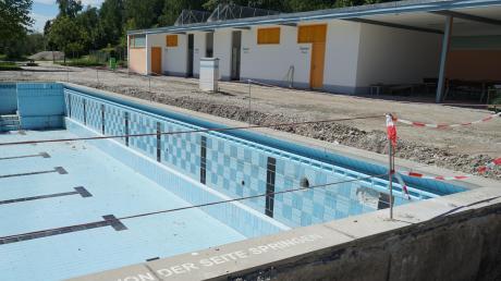 Das Mindelheimer Freibad wird saniert. Wegen der Corona-Pandemie konnte der Baubeginn sogar vorgezogen werden.
