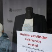 Weil die Corona-Inzidenz über den Wert von 50 Neuinfektionen je 100.000 Einwohner gestiegen ist, darf der Einzelhandel im Kreis Augsburg nicht generell öffnen.