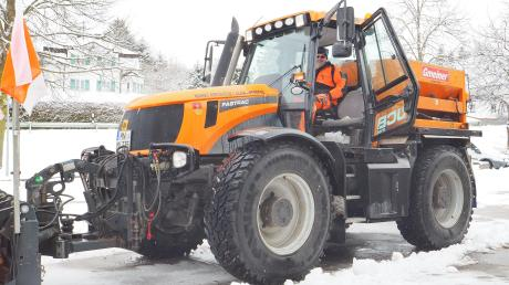 Wenn er Schnee räumen kann, ist Werner Welser in seinem Element. Seit fast 40 Jahren arbeitet er auf dem Kirchheimer Bauhof . Die schweren Maschinen wird er vermissen, wenn er im Frühjahr in Rente geht.
