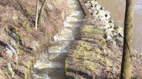Aufstieg leicht gemacht. Eine naturnahe Fischtreppe ermöglicht Flossentieren und anderen Lebewesen ein müheloses Passieren und Umrunden des Wasserwerks