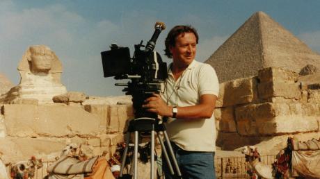 Franz Xaver Lederle war mit seiner Kamera weltweit für Dreharbeiten unterwegs, wie hier in Ägypten. Der schönste Ort der Welt ist für ihn aber nach wie vor Mindelheim.