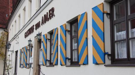 Im Gasthof Adler in Kirchheim soll wieder Leben einkehren. Das historische Gebäude wird zum Bürger- und Kulturzentrum ausgebaut werden. Wenn alles gut geht, wird das Projekt im Sommer 2023 abgeschlossen sein.
