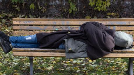 Obdachlose sind nicht nur in den großen Städten anzutreffen. Auch im Unterallgäu gibt es Menschen ohne festen Wohnsitz. Um sie kümmert sich Johanna Miller von der Caritas.