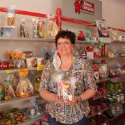 So hatte sich Gabi Esser den Start ihres Gummibärchenladens in der Kneippstraße in Bad Wörishofen nicht vorgestellt. Die Corona-Krise hat ihr inzwischen fast das Wasser abgegraben.