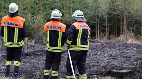 Die Feuerwehr verhinderte durch ihr schnelles Eingreifen, dass sich das Feuer ausbreiten konnte.