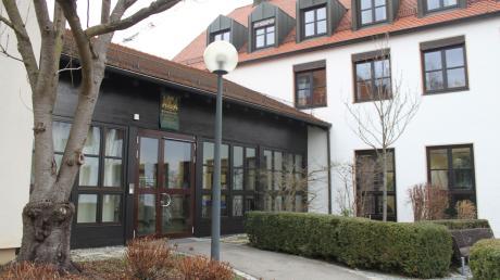 Das Verwaltungsgericht Augsburg wird im Juni über die Klagen des ehemaligen Bürgerliste-Gemeinderates Thomas Scharpf gegen die Gemeinde Rammingen und Bürgermeister Anton Schwele entscheiden.