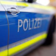 Ein Autofahrer hat in Neuburg ein dreijähriges Kind erwischt.