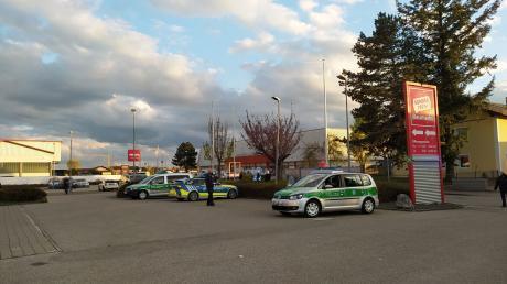 Eine Bombendrohung führte zu einem Großeinsatz der Polizei am Abend des 7. Mai am Impfzentrum Bad Wörishofen. Auch das Impfzentrum in Memmingen war betroffen.