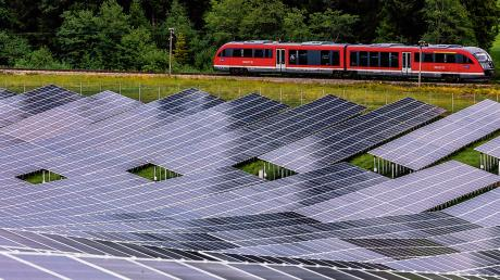 Unionsfraktionschef Andreas Jung fordert ein konkretes Maßnahmen-Paket zu Klimaschutz und erneuerbarer Energie.