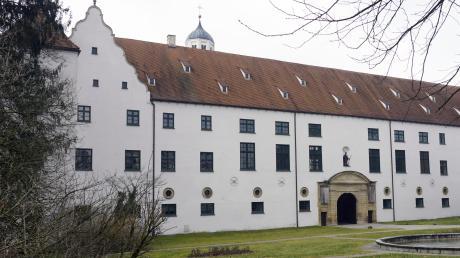 Das Kirchheimer Fuggerschloss ist eines der bekanntesten Renaissance-Bauwerke in der Region.
