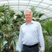 Jörg Wund, der Inhaber der Therme Bad Wörishofen, erklärt, wie der Restart des Großbades ablaufen wird.