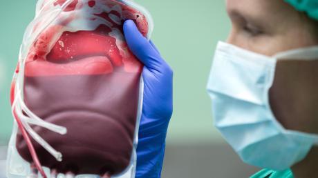 Auch in den Krankenhäusern des Klinikverbunds Allgäu mussten in den vergangenen Wochen bereits vereinzelt geplante Operationen verschoben werden, weil es nicht genügend Blutkonserven gab.