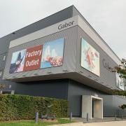 Im Industrie- und Gewerbegebiet in Mindelheim gibt es keine Größenbeschränkung mehr für Werbung. Die Stadt war mit ihren Vorgaben vor dem Verwaltungsgericht Augsburg unterlegen.