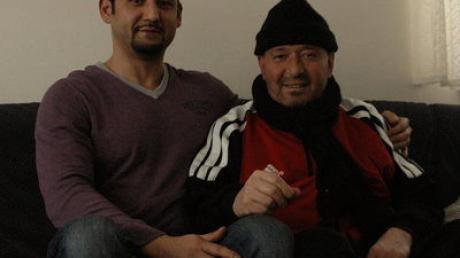 Hüseyin Gezgin (links) hat eine Sammelaktion für seinen kranken Ex-Kollegen Cengiz Colpan gestartet.
