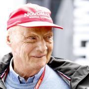 Niki Lauda ist nach seiner Lungentransplantation weiter auf dem Weg der Besserung. Foto: Dave Acree