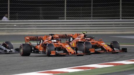 Beim Rennen in Bahrain hatte Charles Leclerc ferrariintern vor Sebastian Vettel (5,M) die Nase vorn.
