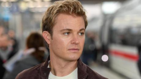 Als ehemaliger Weltmeister besitzt Nico Rosberg lebenslang die Berechtigung zu den Rennen der Formel 1 zu kommen. Foto: Tobias Hase/dpa
