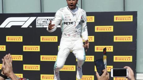 Reiste verspätet in La Castellet an: Mercedes-Pilot Lewis Hamilton.