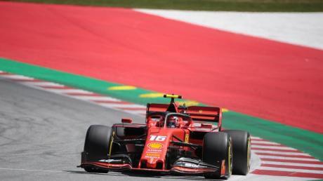 Beim Formel 1-Rennen heute in Spielberg/Österreich wird Charles Leclerc von der Pole starten. So sehen Sie  den Großen Preis von Österreich live im Free-TV und als Stream im Internet.