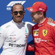Lewis Hamilton (l) will Sebastian Vettel trotz seines großen Vorsprungs nicht abschreiben. Foto: Paul Chiasson/The Canadian Press/AP