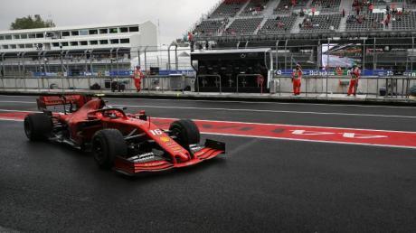 Ferrari-Pilot Charles Leclerc startet beim Großen Preis von Mexiko von der Pole Positon. Foto: Eduardo Verdugo/AP/dpa