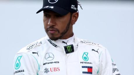 Lewis Hamilton hat Pilates und Yoga in seinen Trainingsplan eingearbeitet.