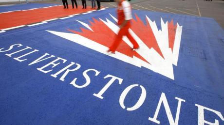 Die Entscheidung über den Formel-1-Klassiker in Silverstone muss bis spätestens Ende April fallen.