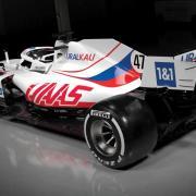 Die Lackierung des neuen Formel-1-Autos für Debütant Mick Schumacher sorgt weiter für Wirbel und Diskussionen.